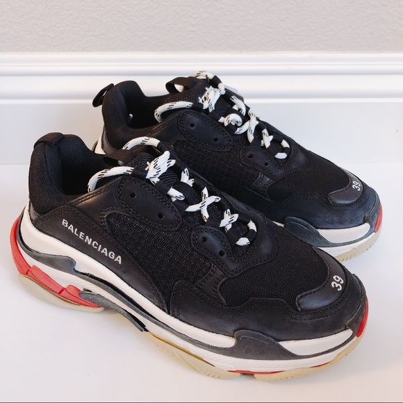 392108c5d4b2 Balenciaga Triple S Trainers leather dad sneakers. NWT